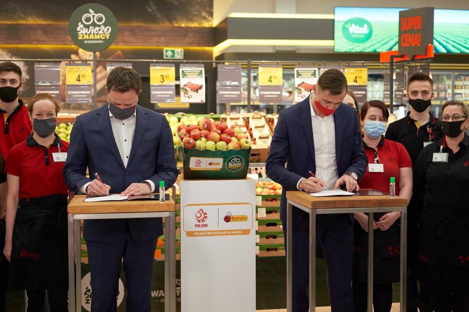 Biedronka dostawcą owoców i warzyw dla kadry narodowej