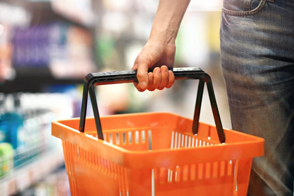 Kwestia dezynfekcji koszyków sklepowych nie będzie regulowana prawnie