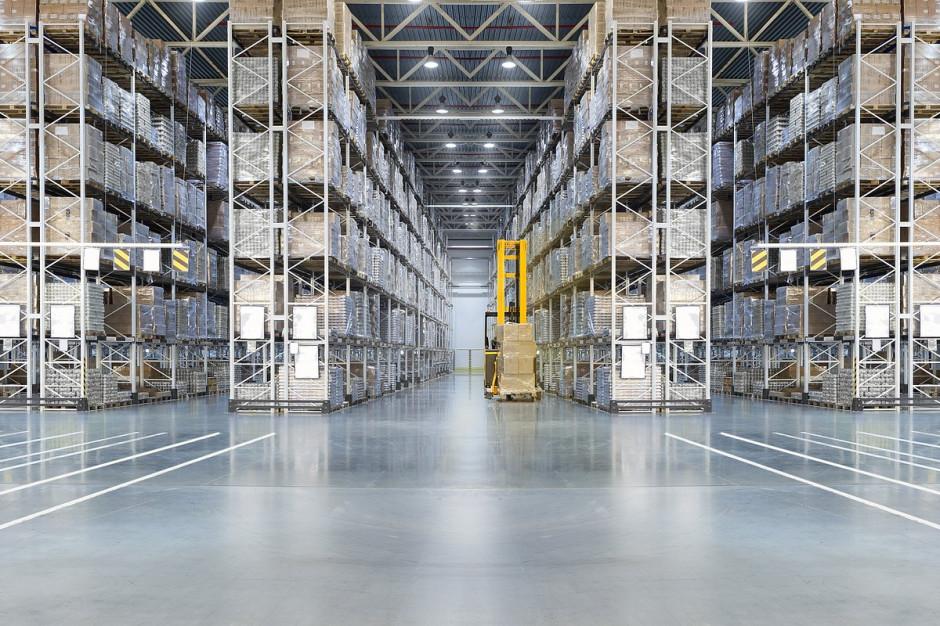 Logistycy sięgają po roboty, które mogą pracować nieprzerwanie przez 9 godzin