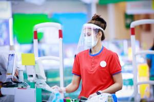 Solidarność apeluje o dzień wolny dla pracowników handlu, przy okazji szczepienia