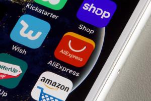 Koniec z tanimi zakupami w zagranicznych e-sklepach? Rząd uszczelnia VAT