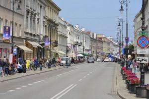 Handel w Warszawie - pustoszeje Śródmieście, większy ruch na osiedlach