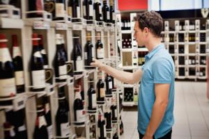 Posłanka chce, aby na butelkach widniały napisy informujące o szkodliwości...