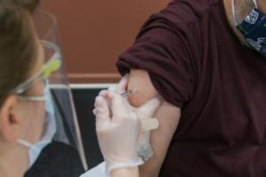 Jak zorganizować punkt szczepień typu drive-thru? Są wytyczne