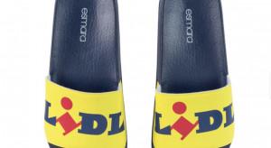Polscy fani Lidla mogą kupić firmowe klapki, koszulki i ...skarpetki