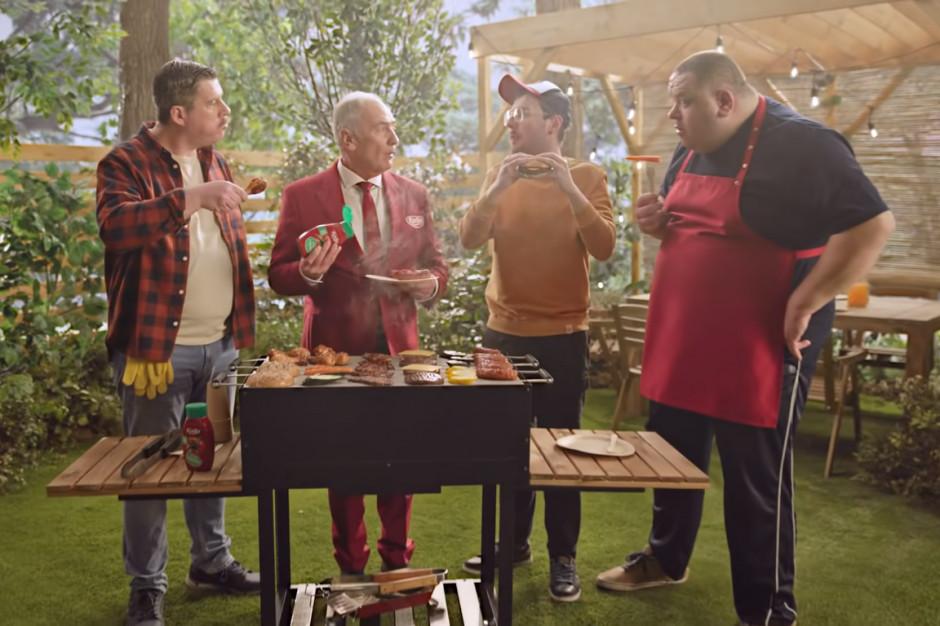 "Karol Strasburger pyta ""co z tym ketchupem"" w reklamie Kotlina"