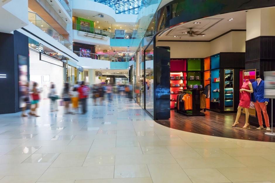 Polski e-commerce rośnie kosztem centrów handlowych