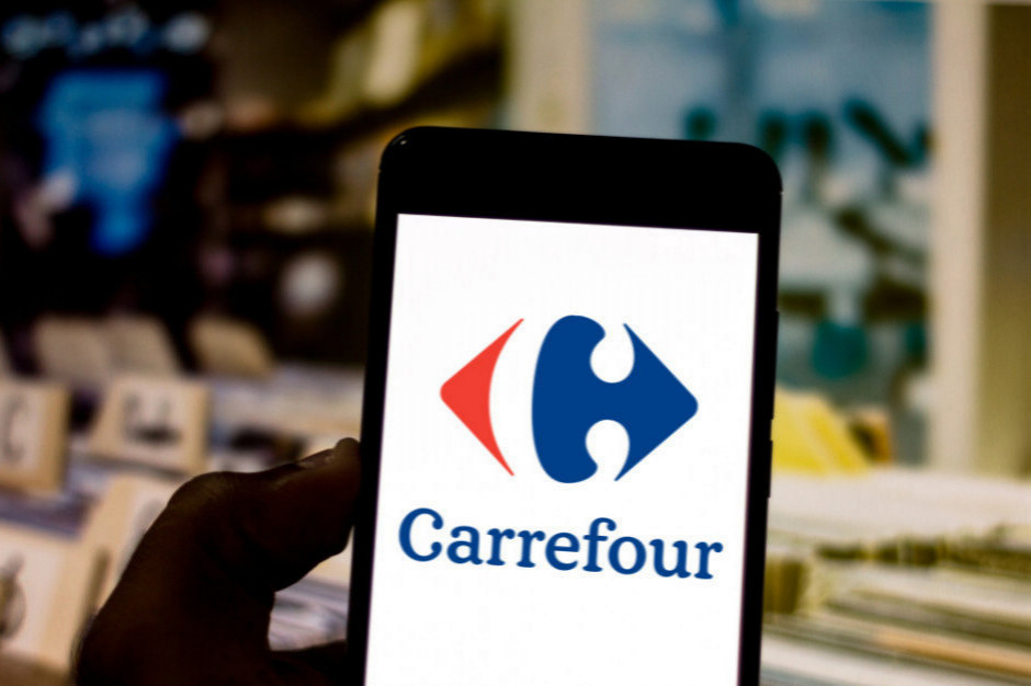 Spadki sprzedaży Carrefoura w Polsce, e-commerce w górę o 56 proc.