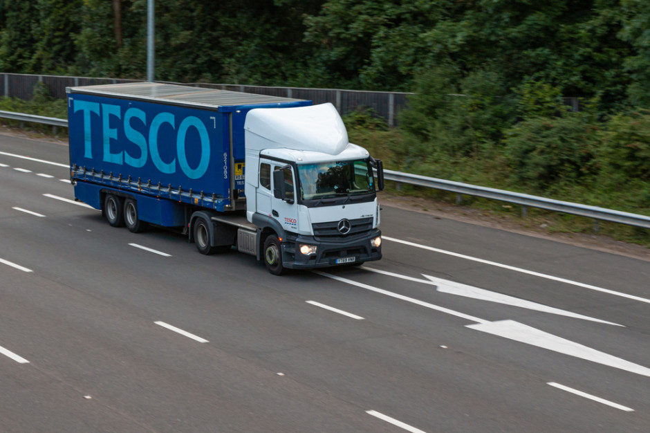 Avison Young: Przejęcia supermarketów Tesco okazją dla inwestorów