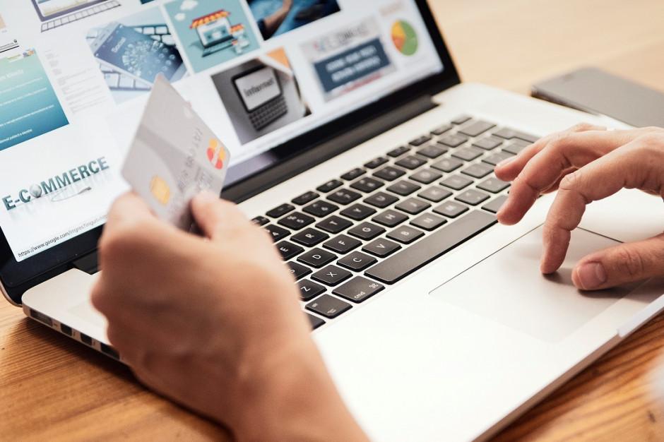 Blisko 40 proc. Polaków w czasie pandemii natknęło się na fałszywy e-sklep