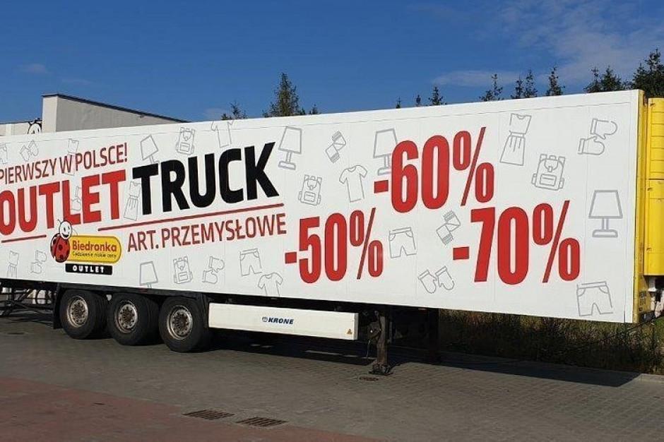 Mobilne outlety Biedronki znów wyjeżdżają w Polskę