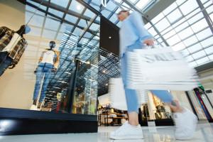 Prawie połowa Polaków odłożyła zakupy w galeriach, czekając na ich otwarcie