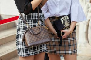 Prawie 20 proc. Polaków kupuje podróbki znanych marek