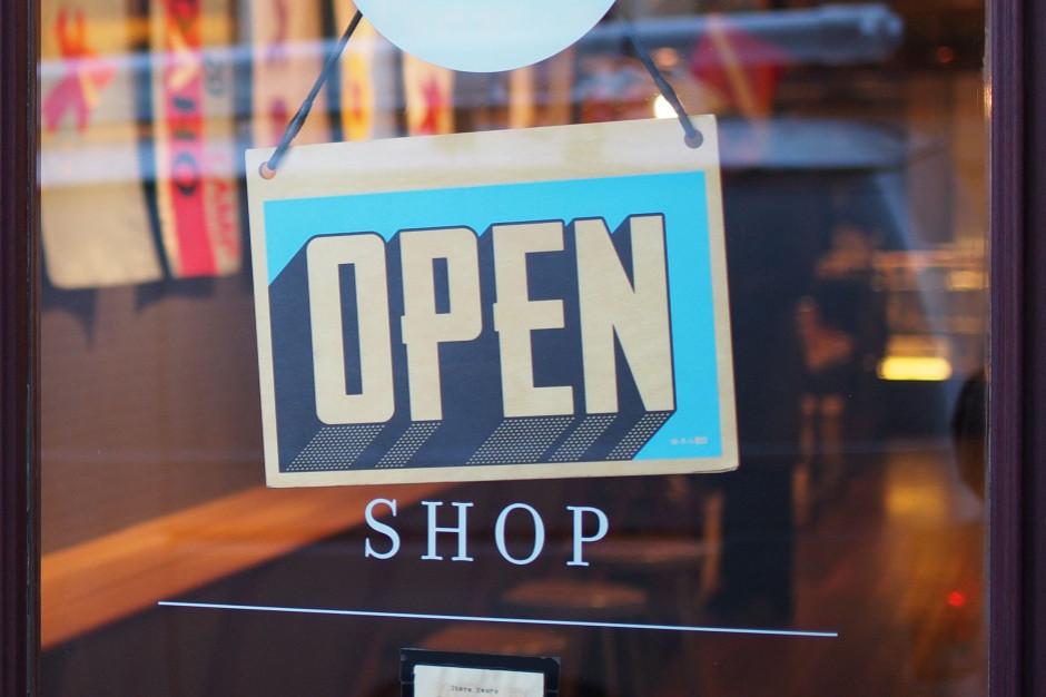 Jak będą otwarte sklepy w długi czerwcowy weekend?
