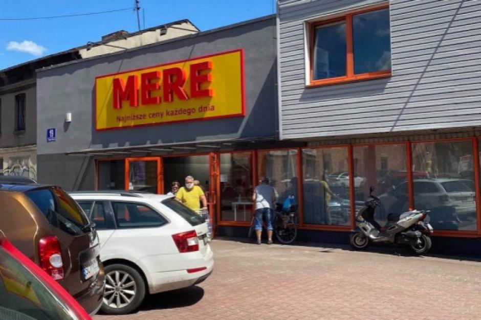 Mere otwiera kolejny sklep w Polsce. Proponuje dyrektorowi sklepu 4,5 - 4,8 tys. zł