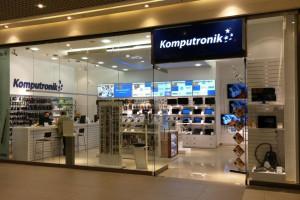 Komputronik: Salony stają się showroomami i punktami usług