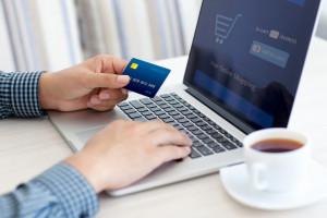 Pakiet VAT e-commerce wejdzie w życie bez opóźnień