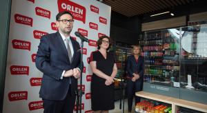 """PKN Orlen otworzył pierwszy punkt """"Orlen w ruchu"""", do końca roku 40 placówek"""