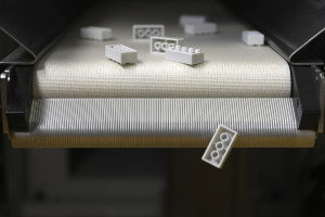 Marka Lego pracuje nad klockami z materiału z recyklingu
