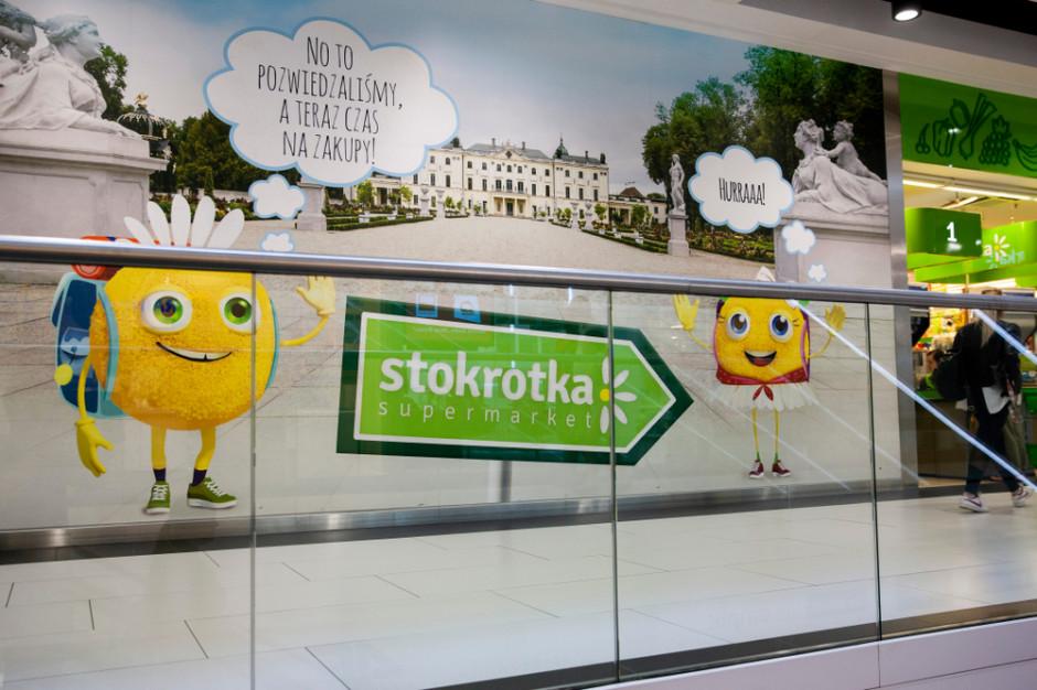 Stokrotka w pandemii zamknęła 17 sklepów, otrzymała dofinansowanie w kwocie 50 mln zł