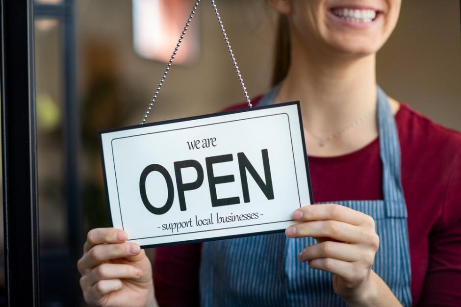 Handlowa niedziela z nowym limitem klientów