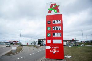 Auchan: Wydzielamy stacje paliw dla większej czytelności w organizacji firmy
