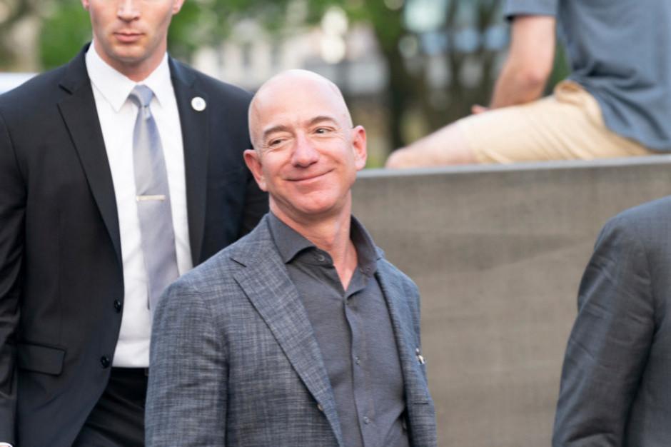 Amerykańscy internauci chcą, by założyciel Amazona wyniósł się...na orbitę