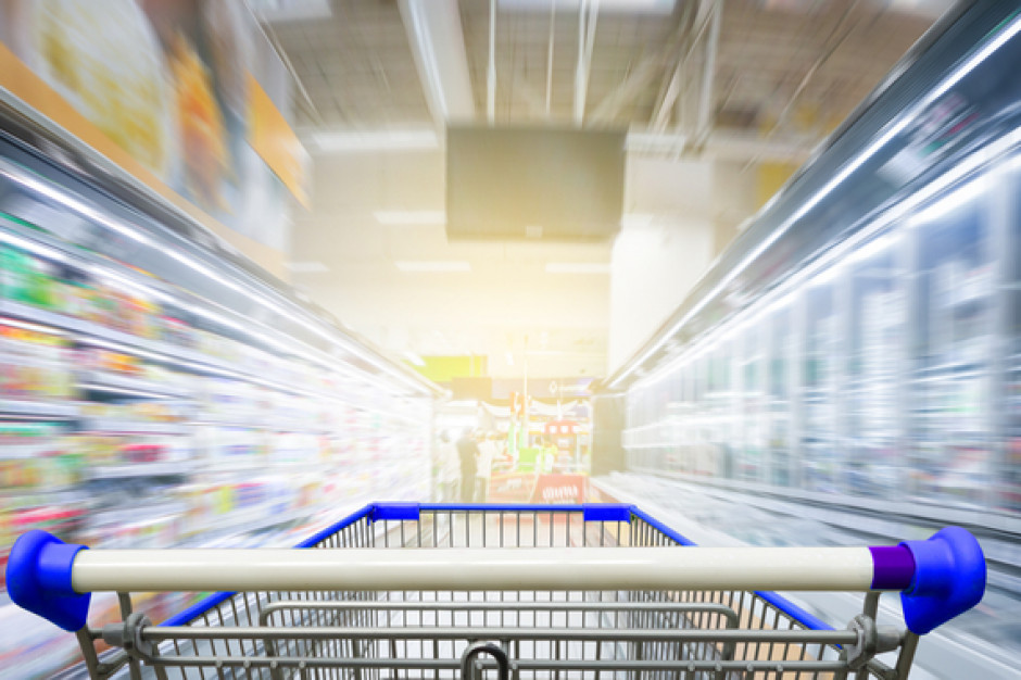 Czerwiec w handlu: polski Carrefour na sprzedaż, nowe limity w sklepach, zmiana warty w Auchan