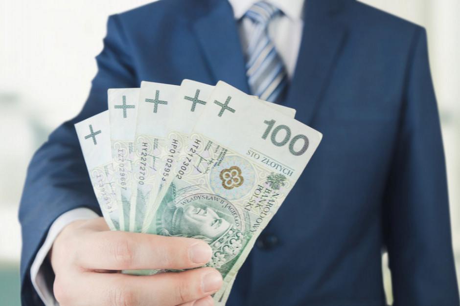 OECD: Dochód rozporządzalny Polaków urósł w 2019 r. o 6 proc.