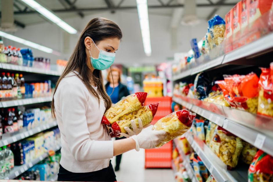 Polacy nie łączą problemu zmiany klimatu z wyborami dokonywanymi podczas zakupów