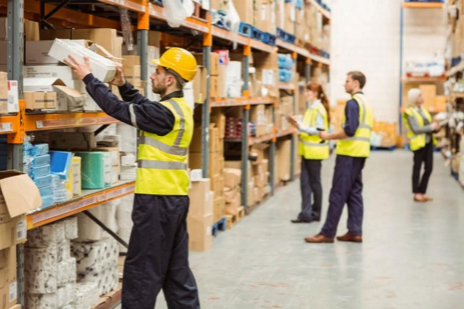 Biedronka i Amazon muszą liczyć się z utratą niektórych pracowników