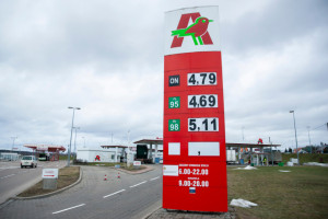 190 pracowników stacji paliw Auchan w Polsce ma nowego pracodawcę