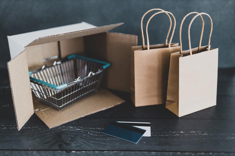 Tesco zabrało z rynku 70 tys. mkw. powierzchni. E-commerce ma 8,1 proc. udziałów w handlu