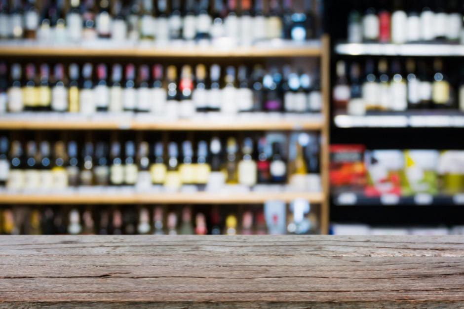 Eurostat: 1,6 proc. Polaków spożywa alkohol codziennie