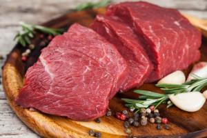 Społeczeństwo straci na podatku od mięsa?