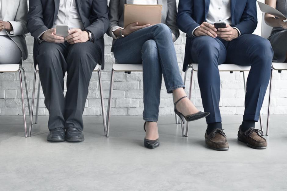 Credit Agricole: mniejszy wzrost zatrudnienia w lipcu to efekt statystyczny