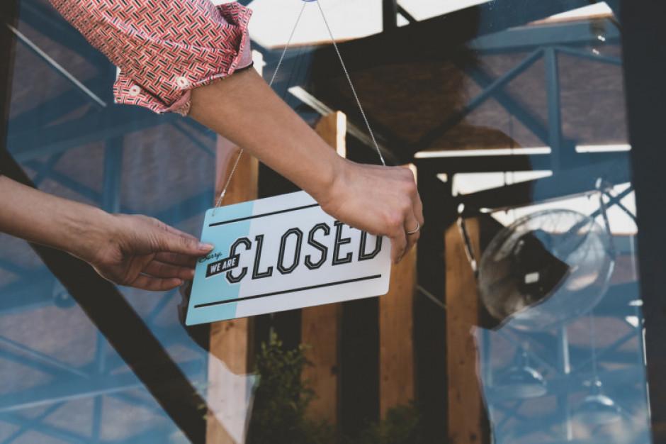 22 sierpnia sklepy zamknięte