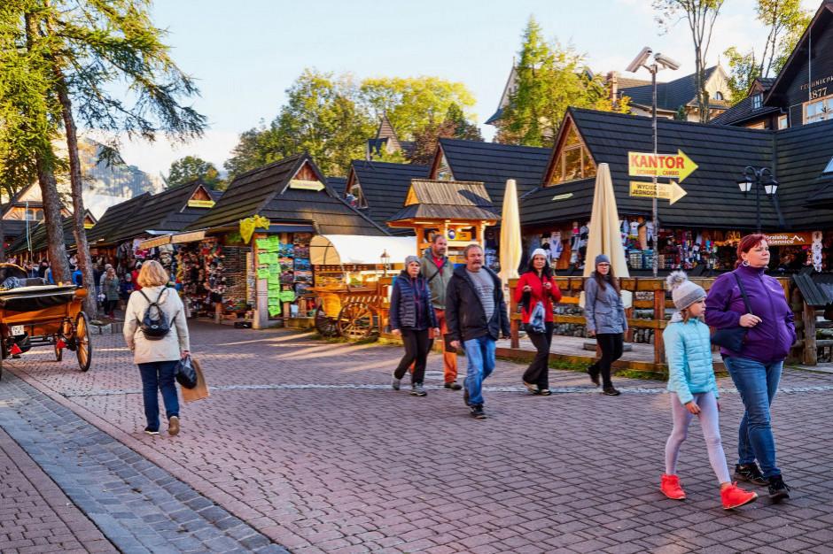 Turyści na Krupówkach wybierali głównie fast food