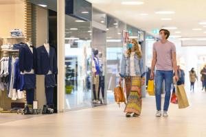 Wakacyjna stabilizacja nastrojów konsumenckich w sierpniu