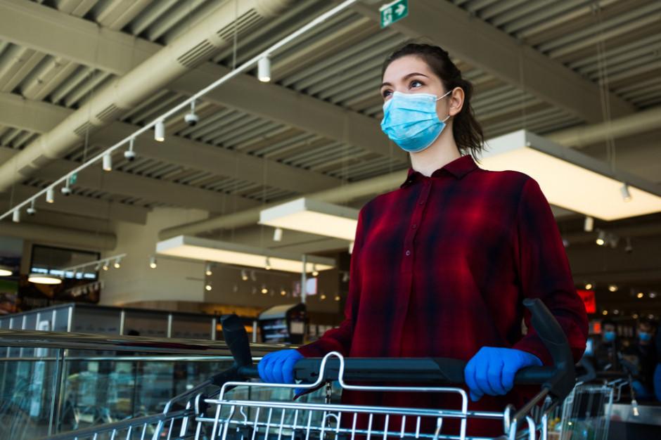 Centra handlowe promują noszenie maseczek