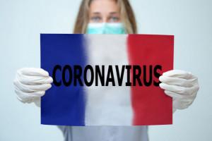 Francja: Departamenty zawieszają paszport sanitarny w centrach handlowych