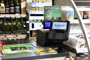 Zakupy, odbiór paczki, rachunki - Żabka wdraża wielofunkcyjne terminale