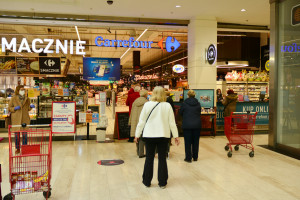Zwolnienia w Carrefour Polska jednak się odbyły