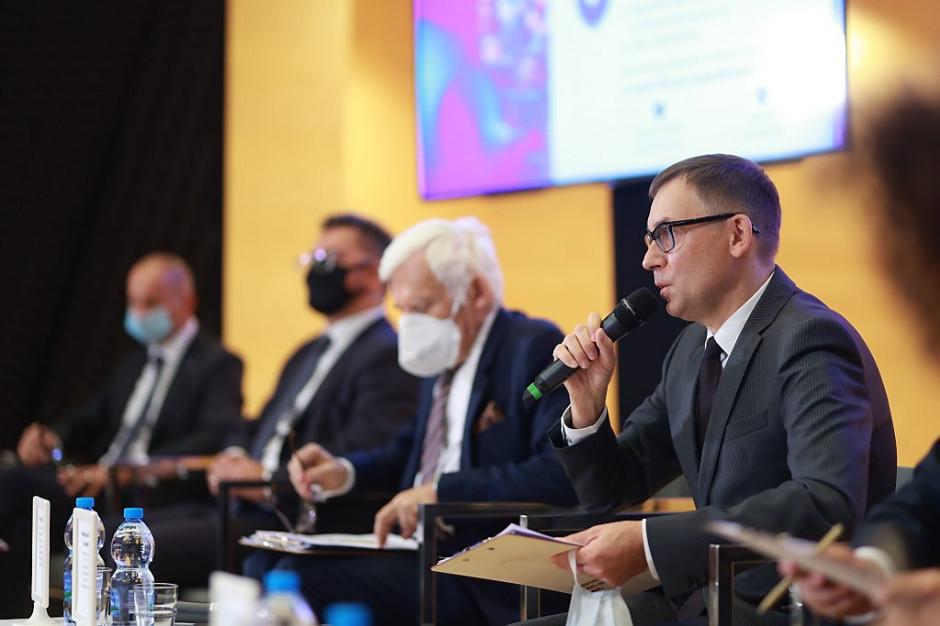 EEC 2021: Czujemy przełomowy charakter epoki, w której żyjemy