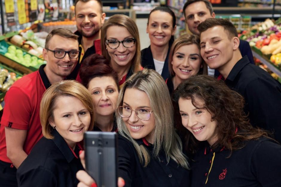 W ubiegłym roku Biedronka zatrudniła ponad 17,2 tys. pracowników