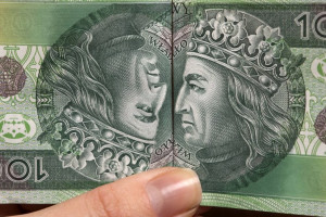 Inflacja szybuje, portfele Polaków chudną. Co dalej z cenami żywności?
