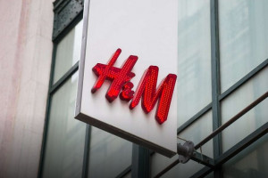H&M wciąż pod pandemiczną kreską, fot. Shutterstock