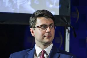To jest problem zarówno z jednej strony techniczny, jak i natury prawnej - mówi Piotr Müller, fot. PTWP