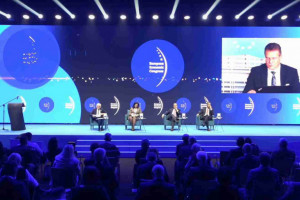 """EEC: Uczestnicy debaty """"Gospodarka – czas odbudowy """""""