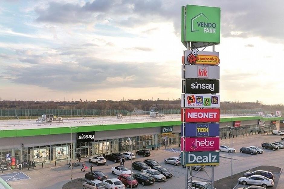 Parki handlowe, sklepy spożywcze oraz sieci DIY na celowniku inwestorów